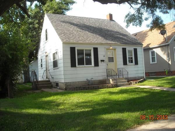 585 Three Br 1300ft Three Br House Mason City Ia 4318336282 Apartment Listings On