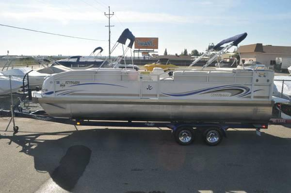 04 Jc Mfg 266 Tritoon Pontoon Boat Trailer Included For Sale In Hilmar California