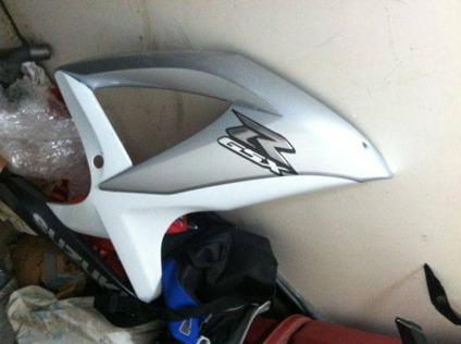 $1,000, Gsxr [phone removed] 2009 Oem Fairings NOT THE BIKE!