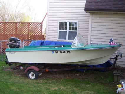 $1,100 1972 14ft Mohawk Runabout w/Mercury 500 Outboard
