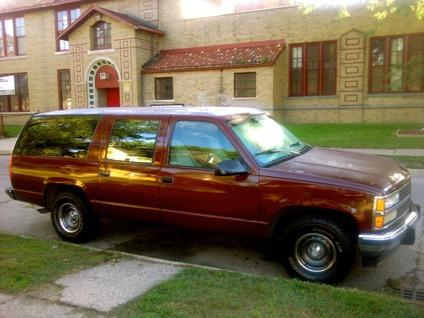 obo 93 chevy suburban newer 99 motor needs transmission. Black Bedroom Furniture Sets. Home Design Ideas