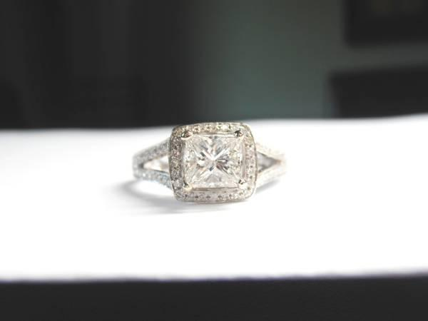 Princess Cut diamond engagement ring Split shank halo SI1F for sale ...