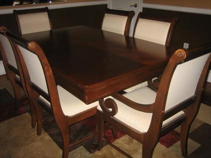 Exceptionnel $1,500 Broyhill Dining Room Table U0026 Chairs
