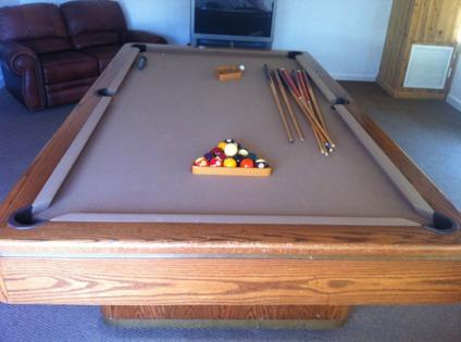 Obo Olhausen Monarch 8 Pool Table For