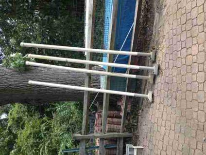 $1,900 Boat Lift Lightly used 5000#