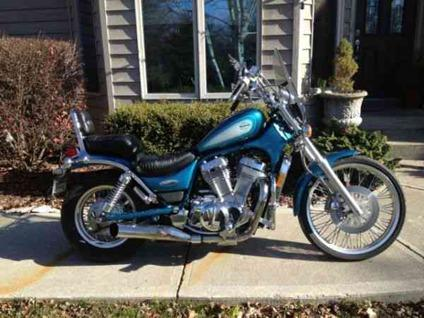 1996 suzuki 800 intruder whose christmas will you make merry for sale in findlay ohio. Black Bedroom Furniture Sets. Home Design Ideas