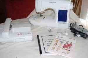 1 Singer Quantum Xl 1000 Sewing Embroidery Machine