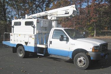 obo ford f550 bucket truck for sale in chicago illinois classified. Black Bedroom Furniture Sets. Home Design Ideas