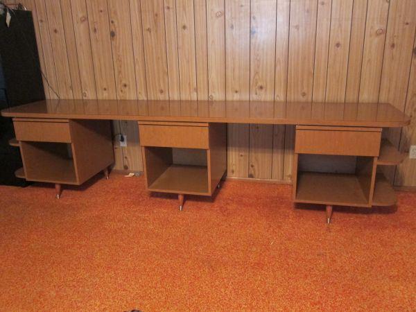10 foot long desk with 2 work stations for sale in menlo. Black Bedroom Furniture Sets. Home Design Ideas