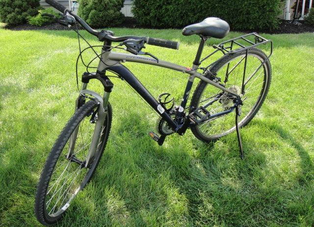 10 SP CROSSTRAIL MD BICYCLE