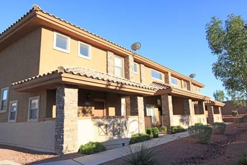 3br 1539ft 178 ★ Nw 3b 2 5ba Loft Townhome Gated
