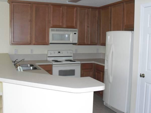 2br 1268ft 178 Townhome With Garage And Washer Dryer