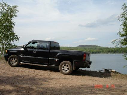 obo 2004 gmc sierra denali quadrasteer for sale in. Black Bedroom Furniture Sets. Home Design Ideas