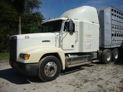 $11,999 OBO 1992 Freightliner Freight liner Commercial