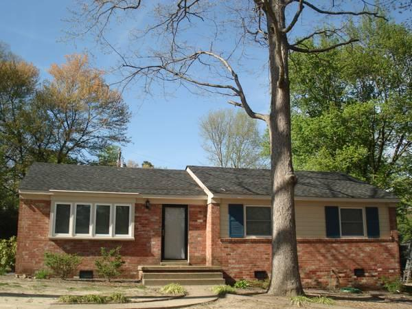 3br 1100ft brick ranch home for rent available now