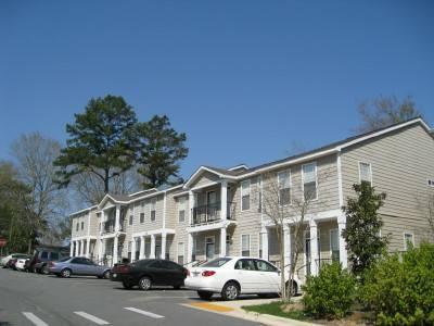 $1100 Stonebridge Apartments For Rent!