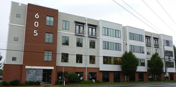 $1150 / 667ft² - Commercial Office at 605 W. Main