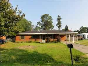 Homes  Sale on 116000   3br   Hud Home Move In Today  Large Yard  A Workshop And 2