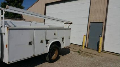 11ft long utility body with ladder rack