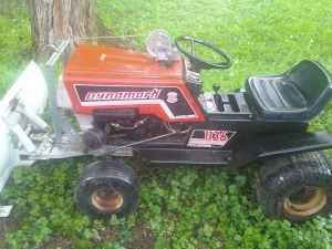 dynamark lawn tractor classifieds buy sell dynamark lawn tractor rh americanlisted com LESCO Mower Manual Grazer Lawn Mower Service Manual