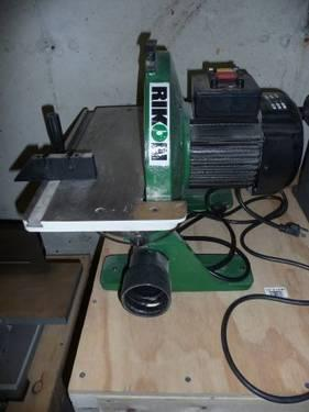 12 inch DISC SANDER { could pass off as brand new}