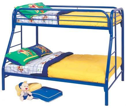Rooms to go kids creekside pine full twin bunk beds desk for Rooms to go kids sale