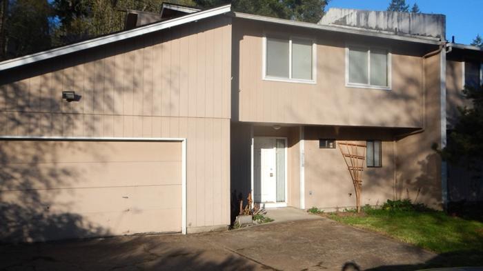 12118 Ne Plantation Rd 3092 Sq Ft Multi Family For Sale
