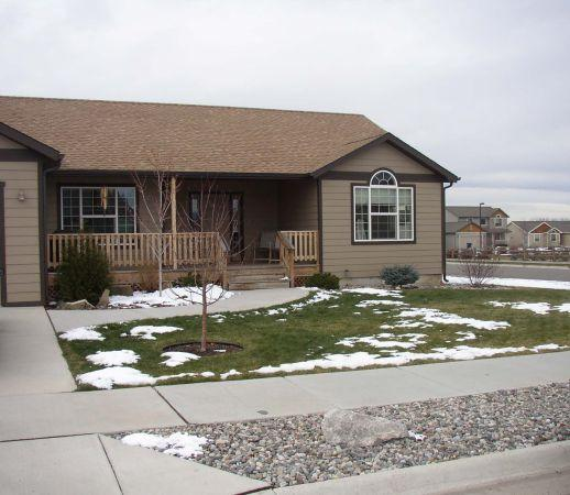 3Br/2Ba House For Rent W/2 Car Garage