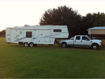 $13,500 36 forest river, cardinal fifth wheel camper for sale