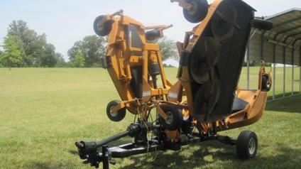 $13,950, 2011 Woods 9204 RD Batwing Finish Mower