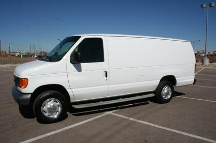 2007 ford e250 extended cargo van with only 29k miles for. Black Bedroom Furniture Sets. Home Design Ideas