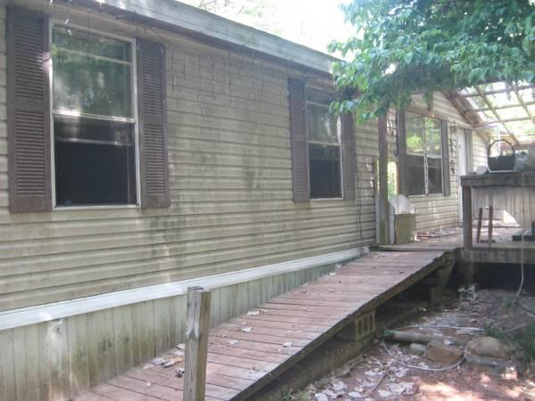 3br 1372ft 178 1998 Champion Doublewide Mobile Home