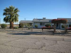 $139000 Desert Home with lots of storage for your