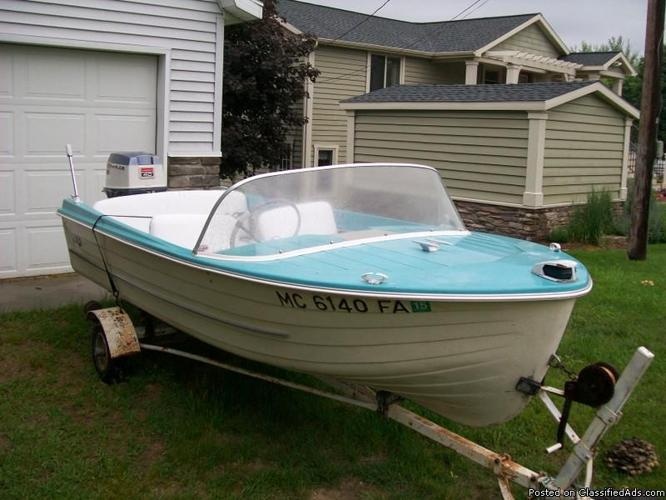 13ft 1960u0026#39;s MFG Classic Runabout Boat w/trailer for Sale in Conklin, Michigan Classified ...