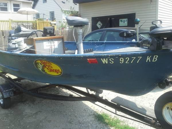 14 39 fishing boat good deal 14 foot fishing boat in for Used fishing boats for sale in wisconsin