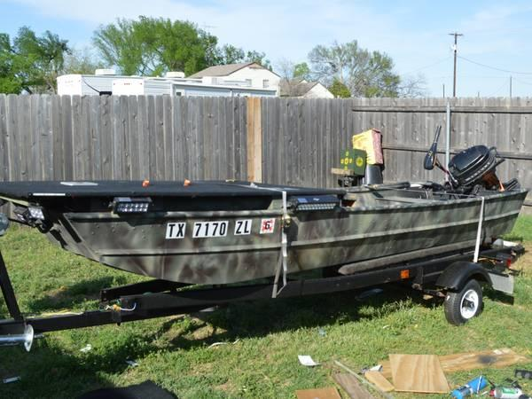 14 Flatbottom Aluminum Boat For Sale In West Texas
