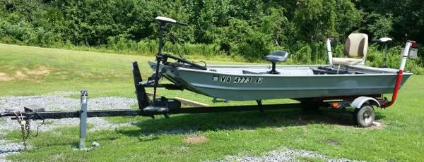14 Foot Jon Boat With Accessories For Sale In Louisa Virginia