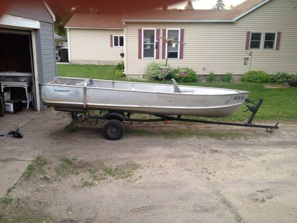 Boats for sale in waverly ia for Fishing boats for sale in iowa