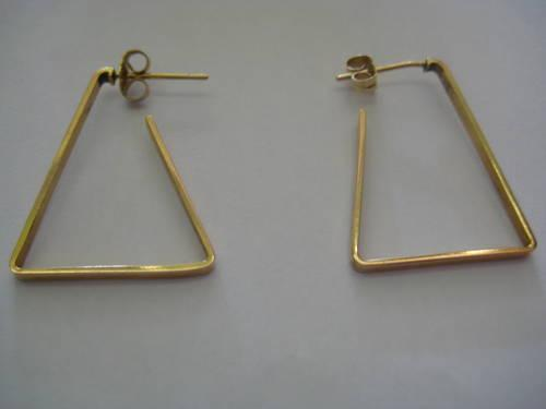 14 K GOLD EARRINGS VERY NICE MUST SEE MAKE AN OFFER