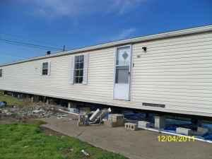 14 X80 Mobile Home http://erie-pa.americanlisted.com/misc-household/14-x-70-mobile-home-15000-portersville_21095871.html