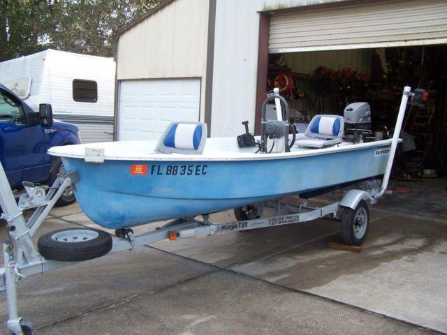 14ft fiberglass boat 25 hp motor by mercury majic tilt for Mercury outboard motors for sale in florida