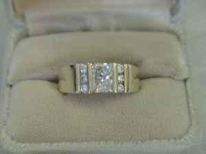 14K GOLD 2.01 PRINCESS DIAMOND RING - $9900 (THORNTON)