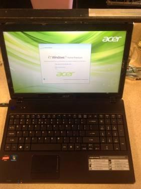 15.6 Acer Laptop 2.2GHz QuadCore 4GB 320GB WebCam WiFi HDMI Winows7