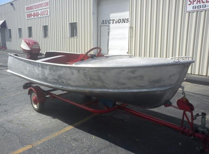 15 aluminum boat for sale in chesaning michigan for Best aluminum fishing boat for the money
