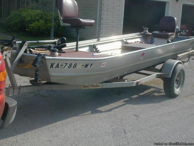 15 ft aluminum boat motor and trailer for sale in for Best aluminum fishing boat for the money