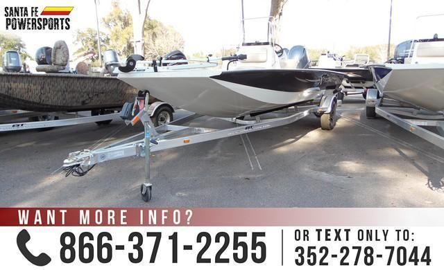 *** '15 Xpress H20 Boat *** 20ft Long - Charcoal