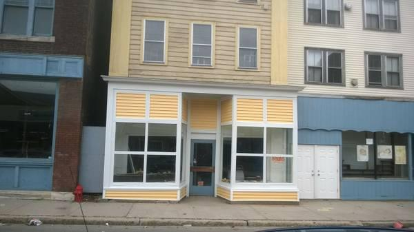 $150 / 700ft² - Eagle St., In-town Commercial Space