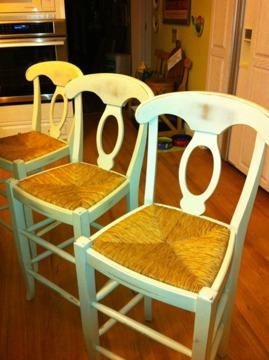 $150 OBO 3 Awesome Pottery Barn Kitchen Stools (counter