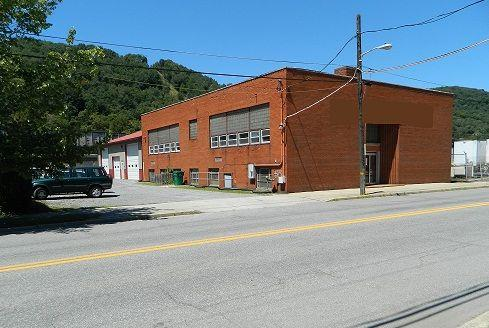 10585ft office and warehouse bldg for sale woodvale johnstown pa for sale in altoona. Black Bedroom Furniture Sets. Home Design Ideas
