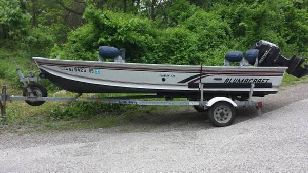 16 ft Alumacraft v-hull boat 40 hp mercury outboard - $7500